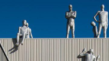 Hall arts sculptures KPMG Plaza